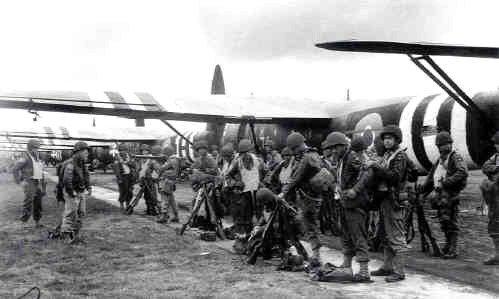D-Day, boarding gliders
