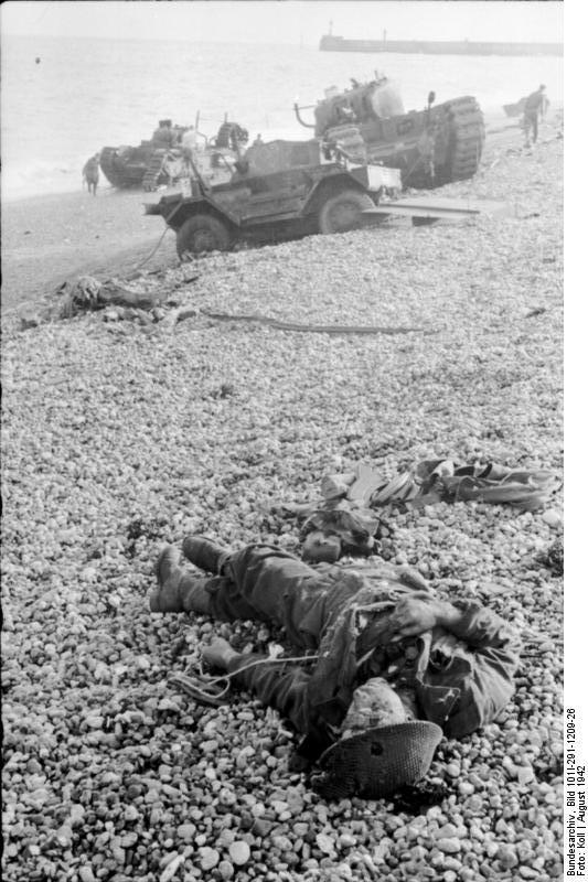 Dieppe, Landungsversuch, toter alliierter Soldat