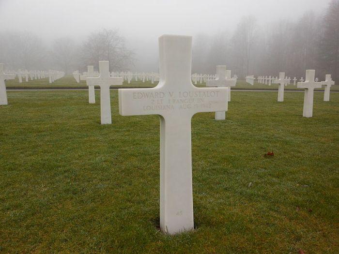 Loustalot_Grave